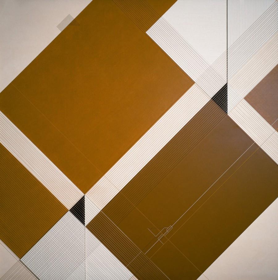 Desarrollo geométrico para un espacio lúdico, de  Luis Caruncho