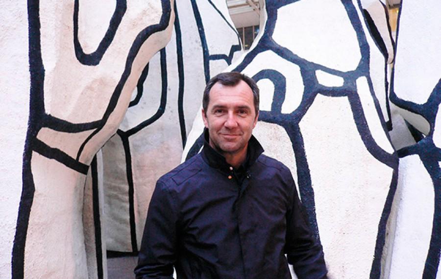 Paco Pérez Valencia. A insurrección expositiva: montaxe creativa de exposicións