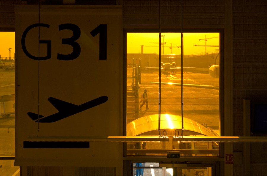 Santi Vega. Airports