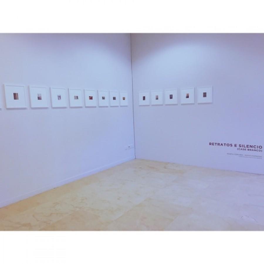 Retratos e silencio (Case Branco)