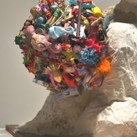 Fantasma de Miró con helado de rocky road (detalle)