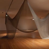 Tender la red (trampa escultórica), de  Amaya González Reyes