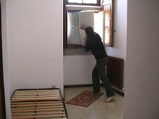 Statement 0. Tirar la casa por la ventana